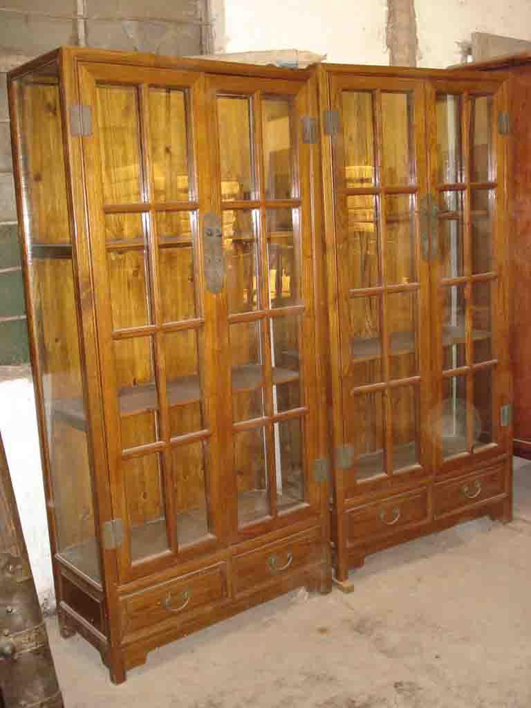 加工并制作各种木质的古典家具