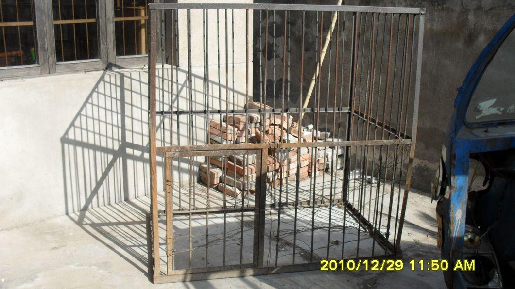出售大型狗笼   因为不养狗了,出售一只狗笼是关大型犬的,成色不怎么