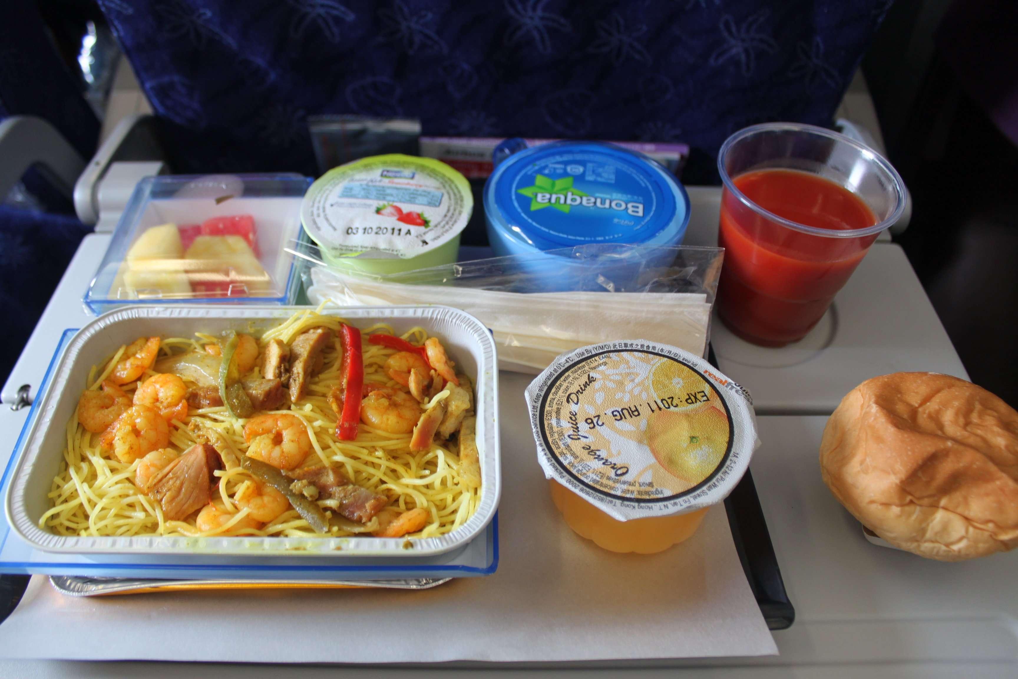 总体来说香港航空的飞机餐还是比较