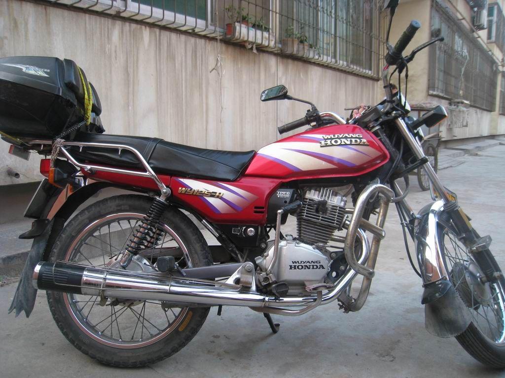 主题:出售五羊本田125--h摩托车