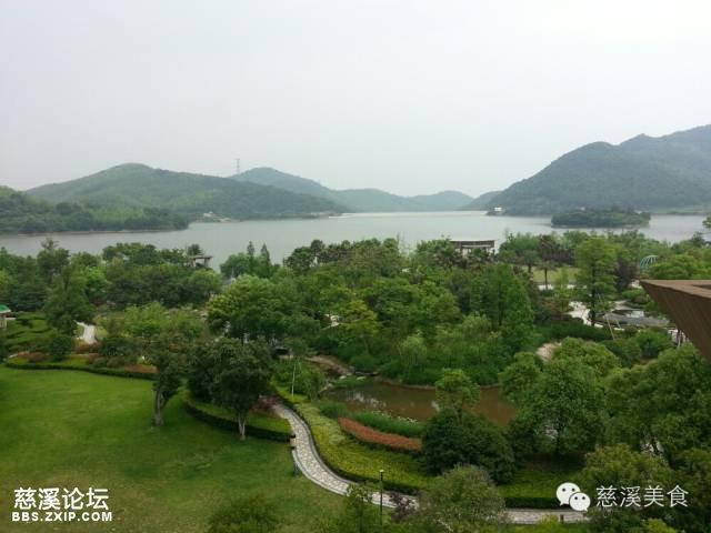 浙江衢州府山公园的湖叫什么