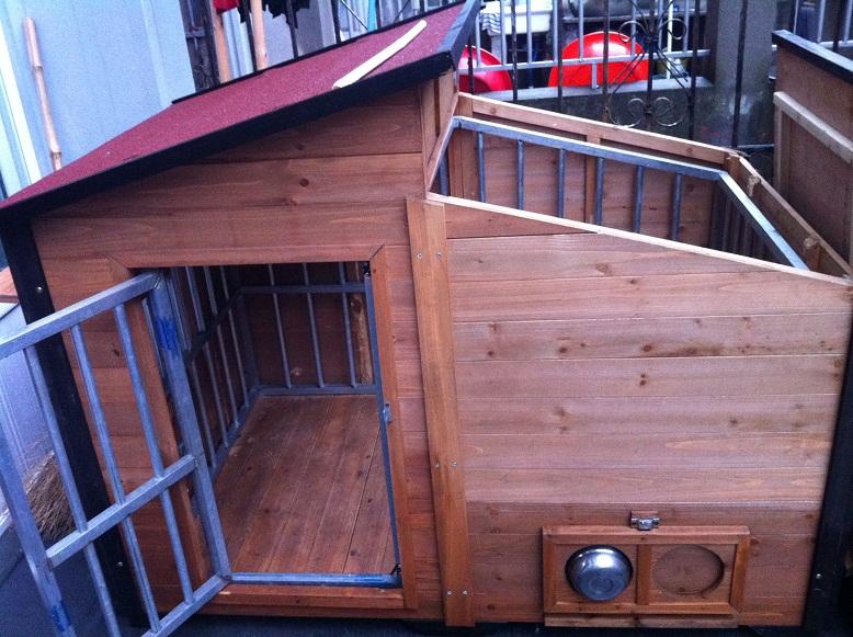 转让木制豪华狗窝 免费赠送铁狗笼一只