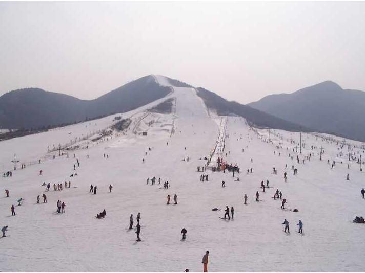 宁波宁海滑雪 浙东第一尖滑雪场门票 雪山欢乐谷开场啦!