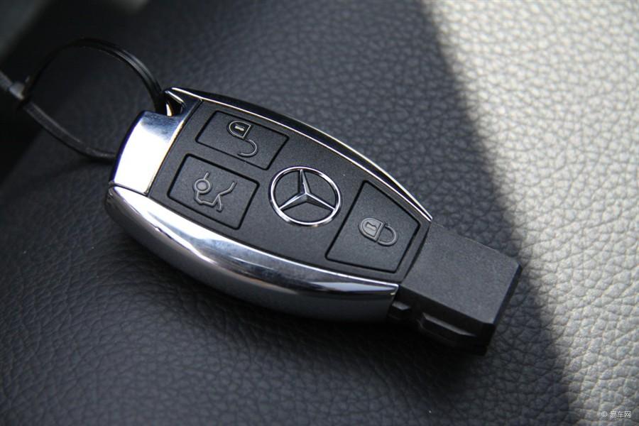 开锁 专配奔驰 保时捷等汽车钥匙